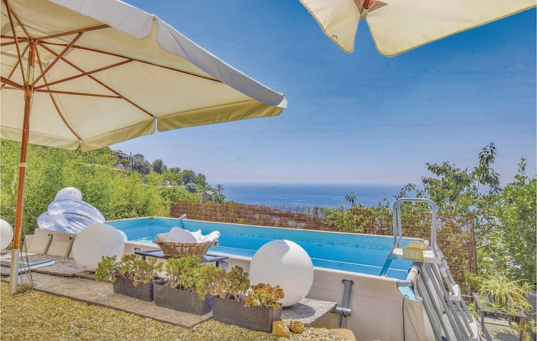 Holiday cottage with 1 bedroom on 75m² in Bordighera IM