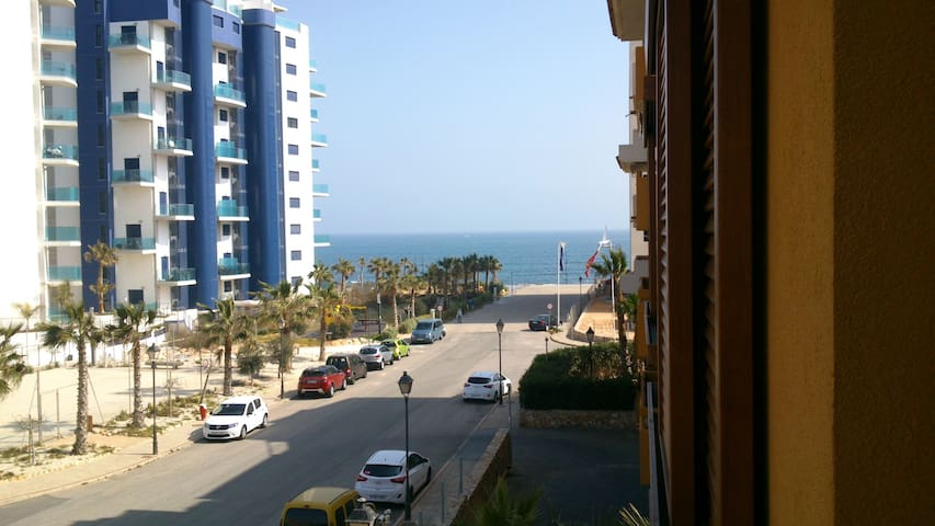 Primera linea playa,Luxury apartmentwith sea view - Torrevieja - Huoneisto