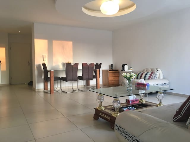 (Strassen 3room apartment-First floor)3室1厅1厨1卫舒适套房