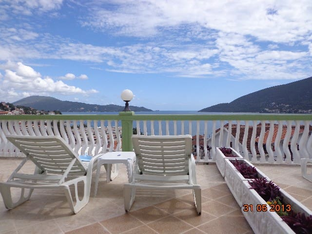 Panoramic Sea View Studio  # 3 - Herceg Novi - Appartement