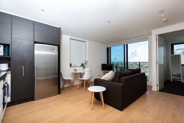Brand New One Bedroom Auckland Apartment!