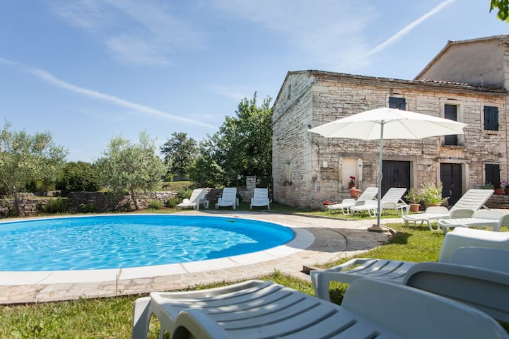 Your Second Home near Rovinj/Istria - Zminj - House
