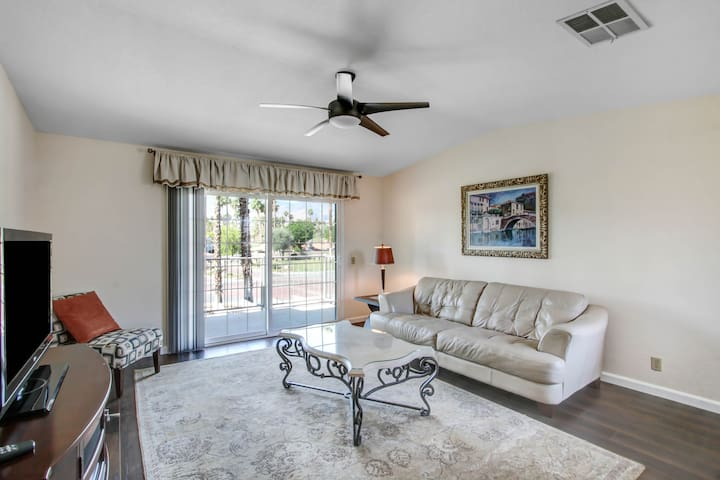 BRAND NEW UPPER UNIT MESQUITE COUNTRY CLUB