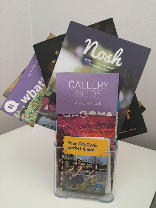 Complimentary tourist brochures