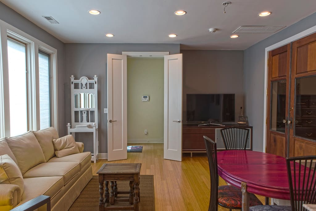 great 12 foot ceilings in a modern setting