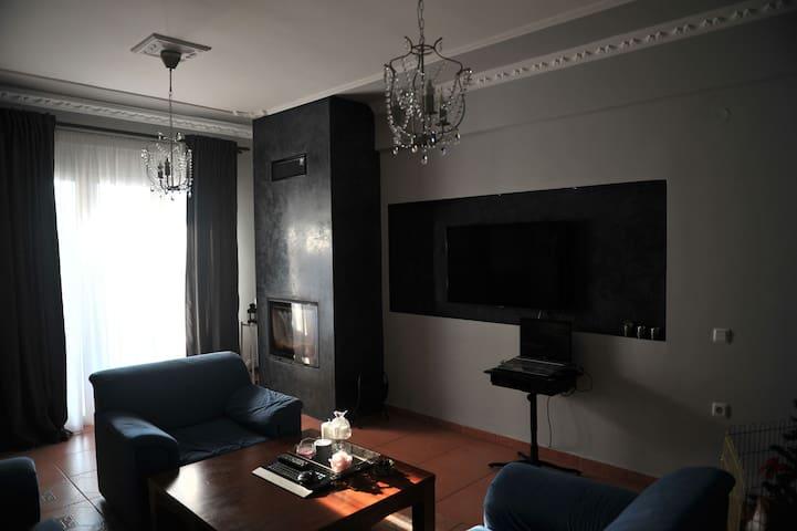 Уютная квартира с двумя спальнями. - Katerini - Lägenhet