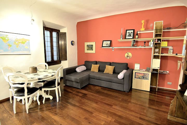 Wilsons' apartment near to Ponte Vecchio