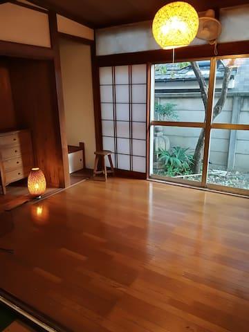 L a ☆駅近 武蔵野美大、薬用植物園、静かで便利なエリア、コンビニ近く。