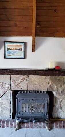 Hogar con estufa a gas . Ideal para el invierno.