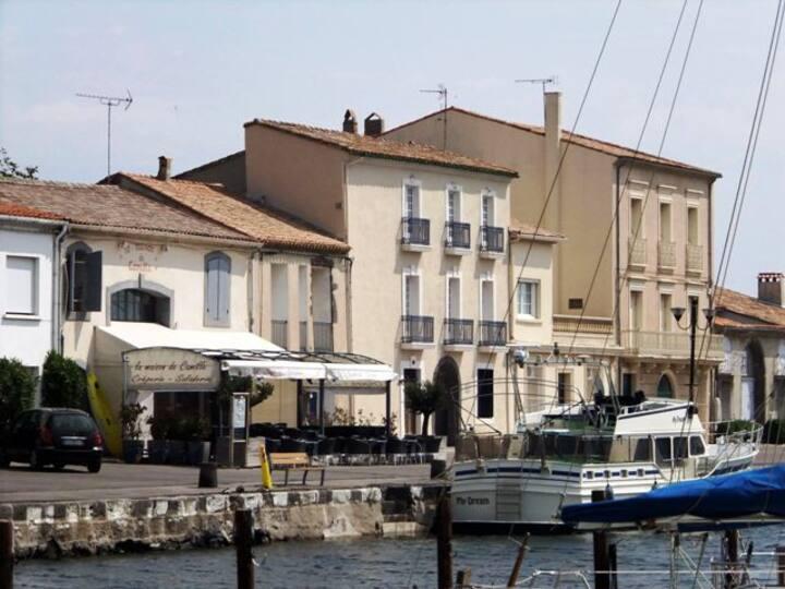Quayside Apartment in Marseillan