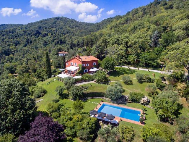 Luxury Villa near Florence - long term rental