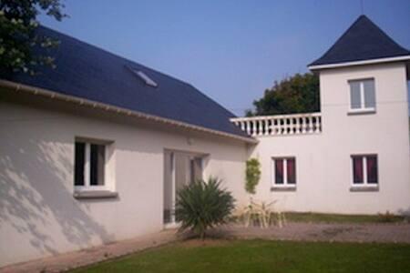 """Villa """"CÔTÉ SUD"""" - 7 personnes - Dieppe"""
