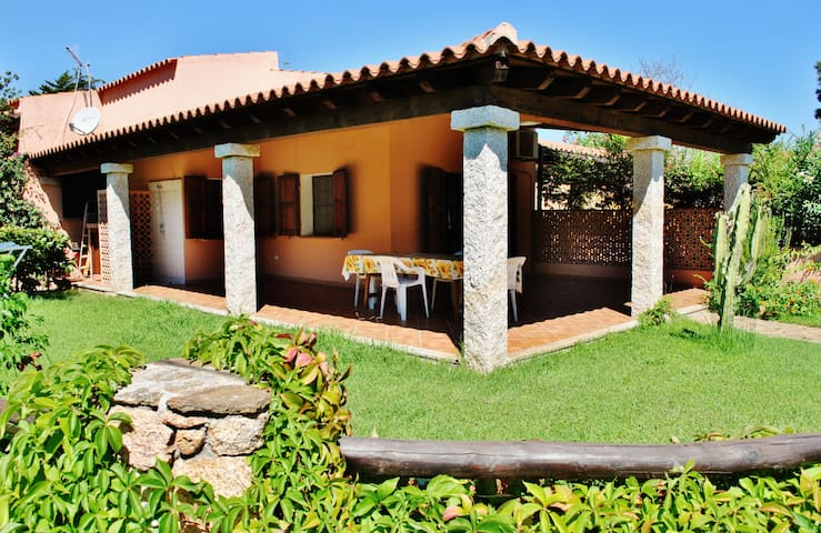 """(SENSITIVE CONTENTS HIDDEN)""""Riviera dei Pini""""-Laura - Matta E Peru - Casa"""