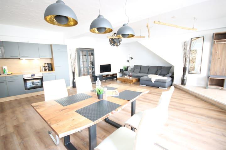 Modernes Apartment im Industriallook in Warnemünde