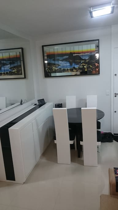 Mesa Trabalho ou jantar