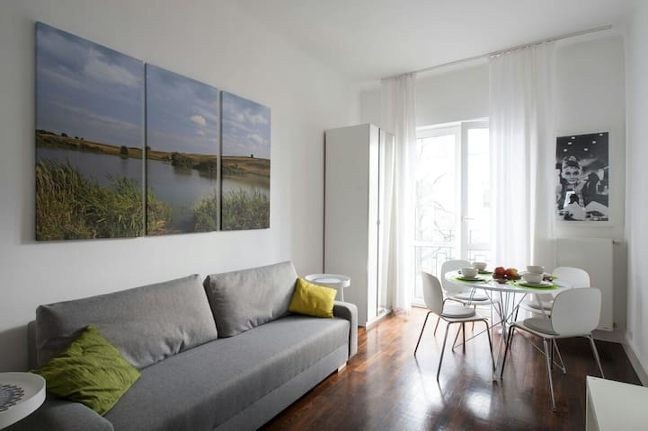 Homely Apartment for 4 with WIFI