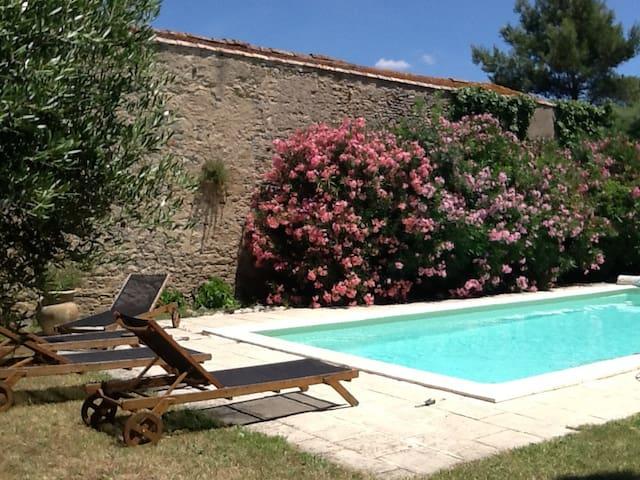 Boudet entre cité de Carcassonne et canal du midi - Pezens - Bed & Breakfast