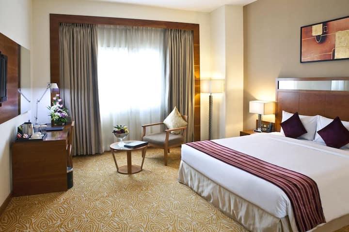 Deluxe Landmark  Room