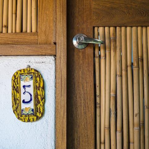 """La habitación """"5"""""""