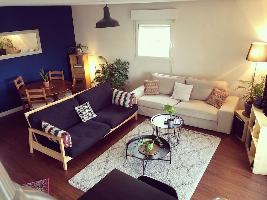t3 avec terrasse dans le quartier bassins flots appartements louer bordeaux nouvelle. Black Bedroom Furniture Sets. Home Design Ideas