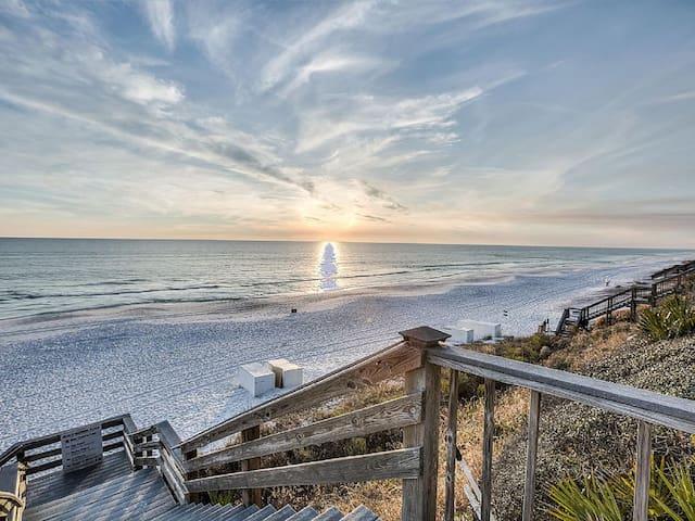 Sunshine @ Seacrest – 30A, Closest to Beach & Pool