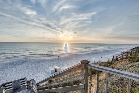 Sunshine @ Seacrest – 30A, Closest to Beach & Pool