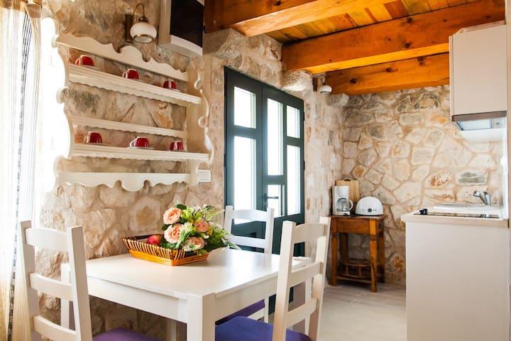 Olive Apartment @Buona Vista Resort & Villas