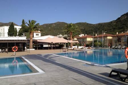 Rescator Resort 326 - Rosas / Roses