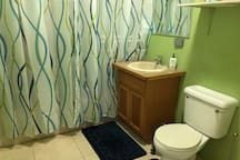 Large shower with seating space in-shower