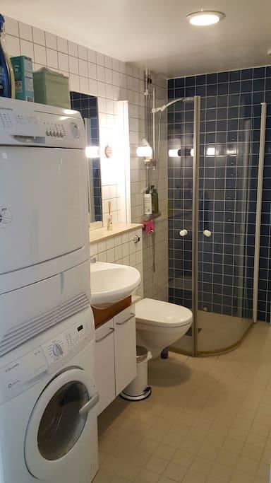 Bathroom - washer dryer