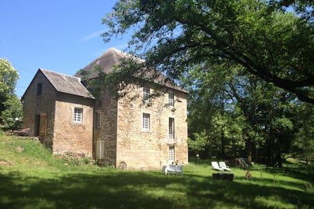 'Moulin du Reuil' Bourgogne, Morvan - La Grande-Verrière - Bed & Breakfast