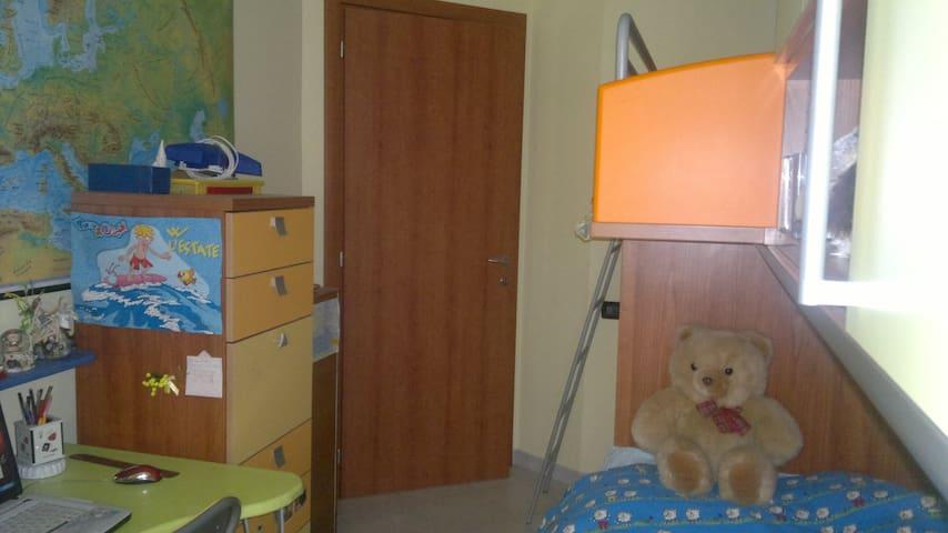seconda camera da letto con soppalco per ragazzi