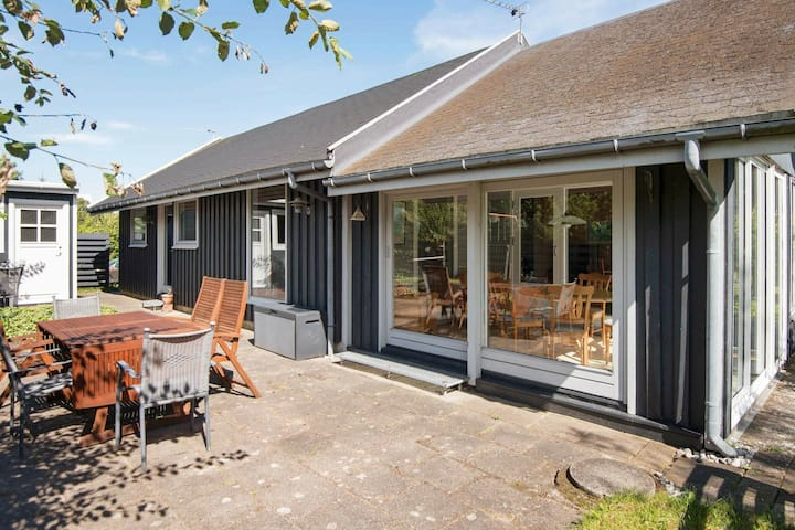 Superb Holiday Home in Ebeltoft with Garden