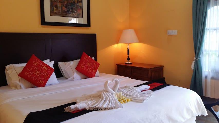 Large Private room wifi & breakfast - Ubud - Bed & Breakfast