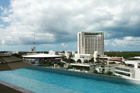 Affordable luxury at downtown w/lagoon view! - Cancún