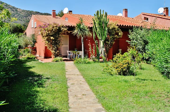 "(SENSITIVE CONTENTS HIDDEN) ""Riviera dei Pini""-Sara - Matta E Peru - Casa"