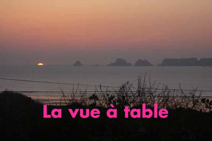 CROZON, LA CABANE DE LA PLAGE - Crozon