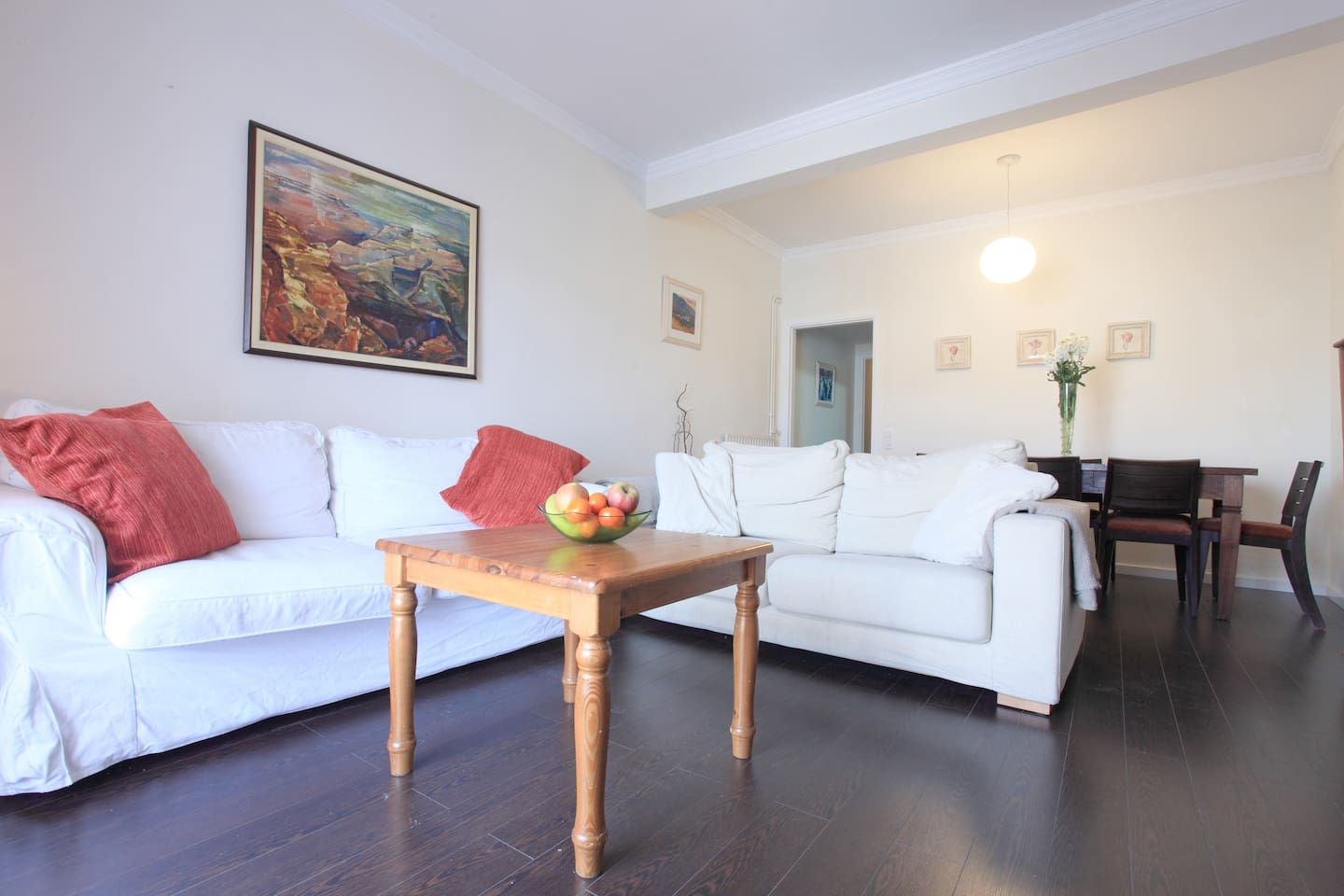 Central charming and fully equipped apartment in central Barcelona