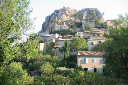 Charming home nr Beaumes de Venise - La Roque-Alric - Дом