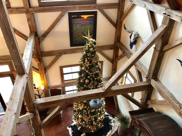 During the Christmas season at Legacy Ranch, you & your guests will be in awe with this sparkling & beautifully decorated 12' tree! Each and every room in this historic barn is decorated with the magic of Christmas just for you!
