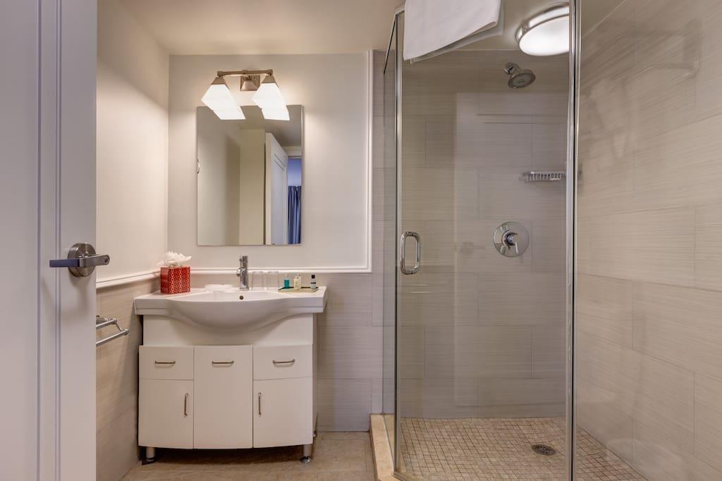 full private shower toilet