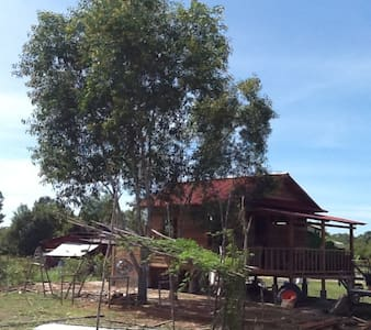Outback Bungalows No 2
