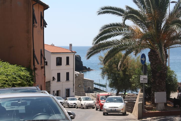Seaside flat in the historical cent - Piombino