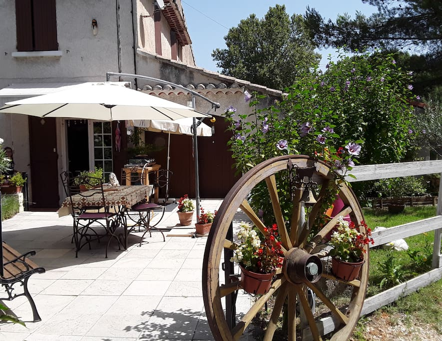 Chambre chez l 39 habitant fontaine de vaucluse maisons - Chambre d hote isle sur la sorgue pas cher ...