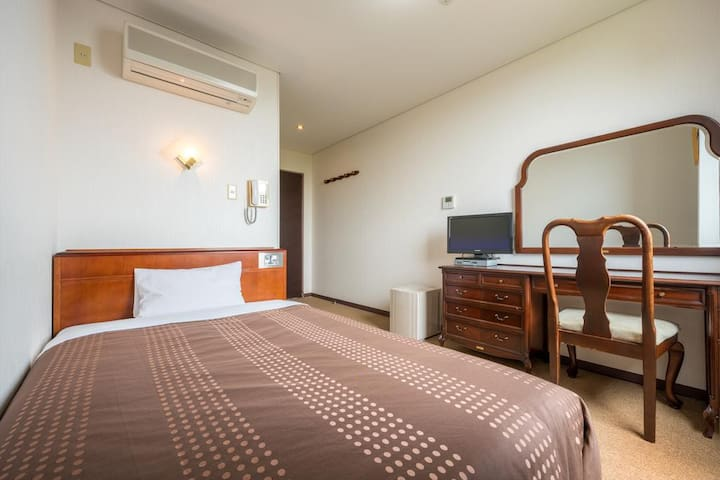 Hotel Small Double Room  - Smoking