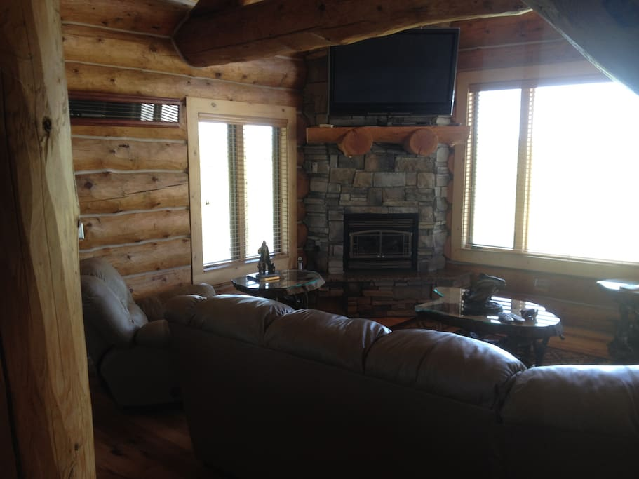 Living room of the Cabin