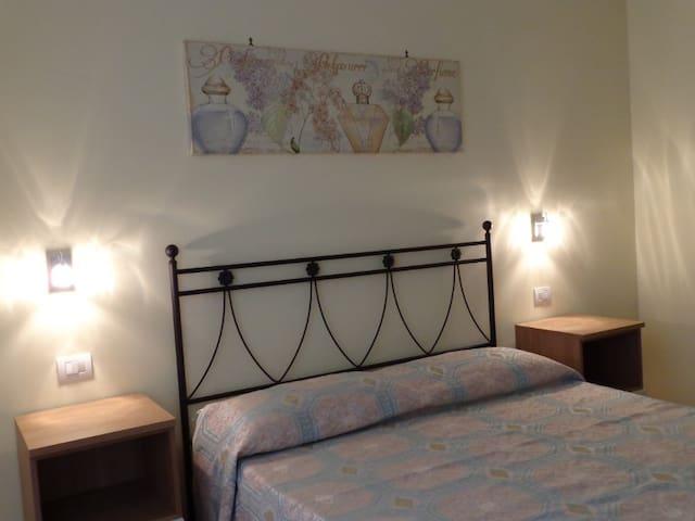 Casa vacanze Nice Holidays - Ciampino - Apartment