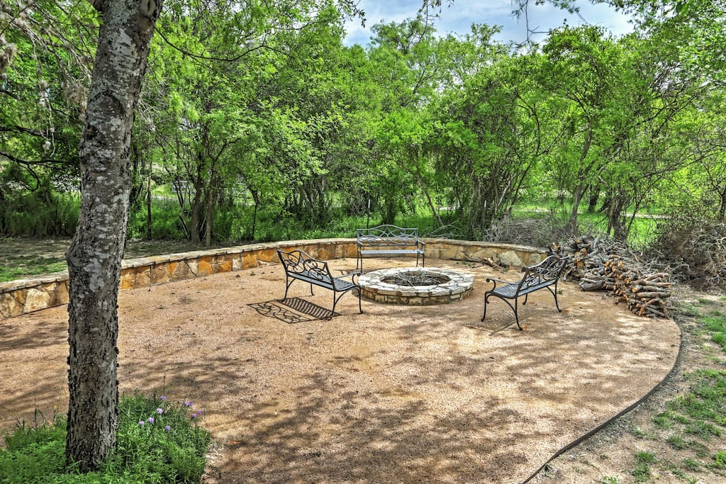 Enjoy the on-site fire pit and make the most of your Lakehills retreat.
