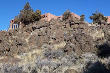 room with mountain views in pueblo. - Bend - Haus