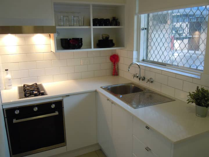 Cozy One Bedroom Apartment in Perth City
